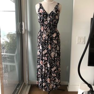 NEW Floral Halter Neck Ruched Maxi Dress
